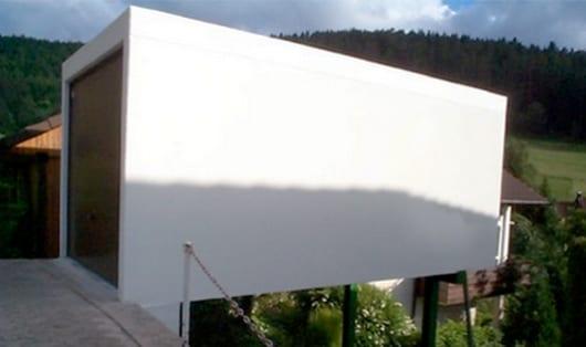 moderne beton fertiggarage als hanggarage auf stützen
