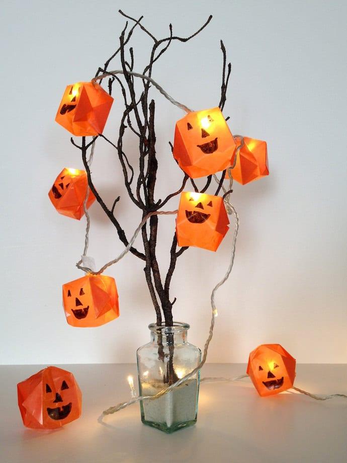halloween deko selber machen aus papier und leuchten als coole tischdeko