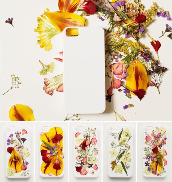 kreative bastelidee zum basteln mit blumen für DIY iphone case