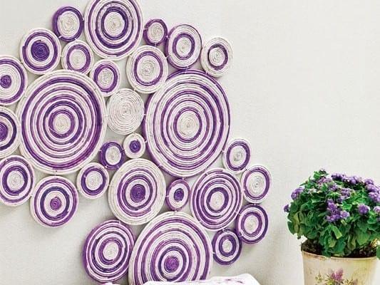 kreative wandgestaltung und und idee f r wand gestalten mit zeitungspapier als diy. Black Bedroom Furniture Sets. Home Design Ideas