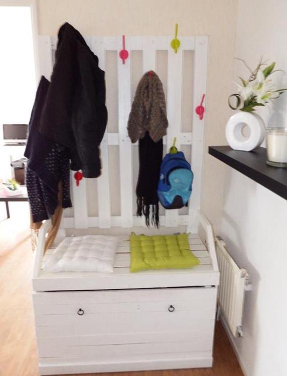 moebel aus paletten bauen coole wohnidee flur mit diy. Black Bedroom Furniture Sets. Home Design Ideas