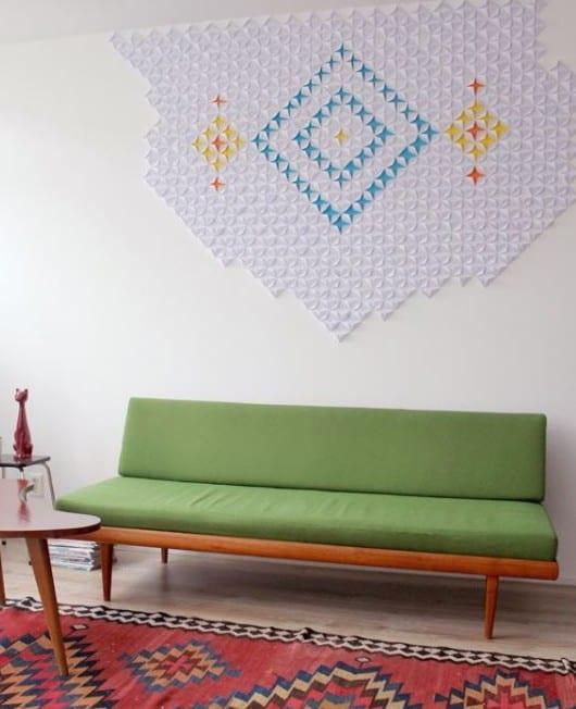 kreative wandgestaltung mit deko aus papier als idee zum basteln mit papier einfach