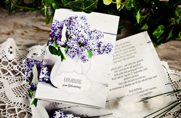 schicke Geburtstagskarten für Frauen mit Blumen und Geburtstagseinladungen gestalten online