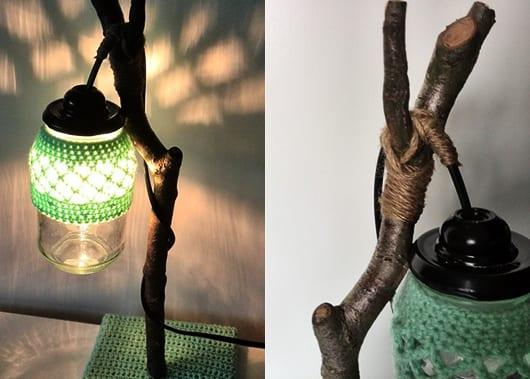 bastelidee mit zweig und glasgefäs für diy tischlampe aus holz