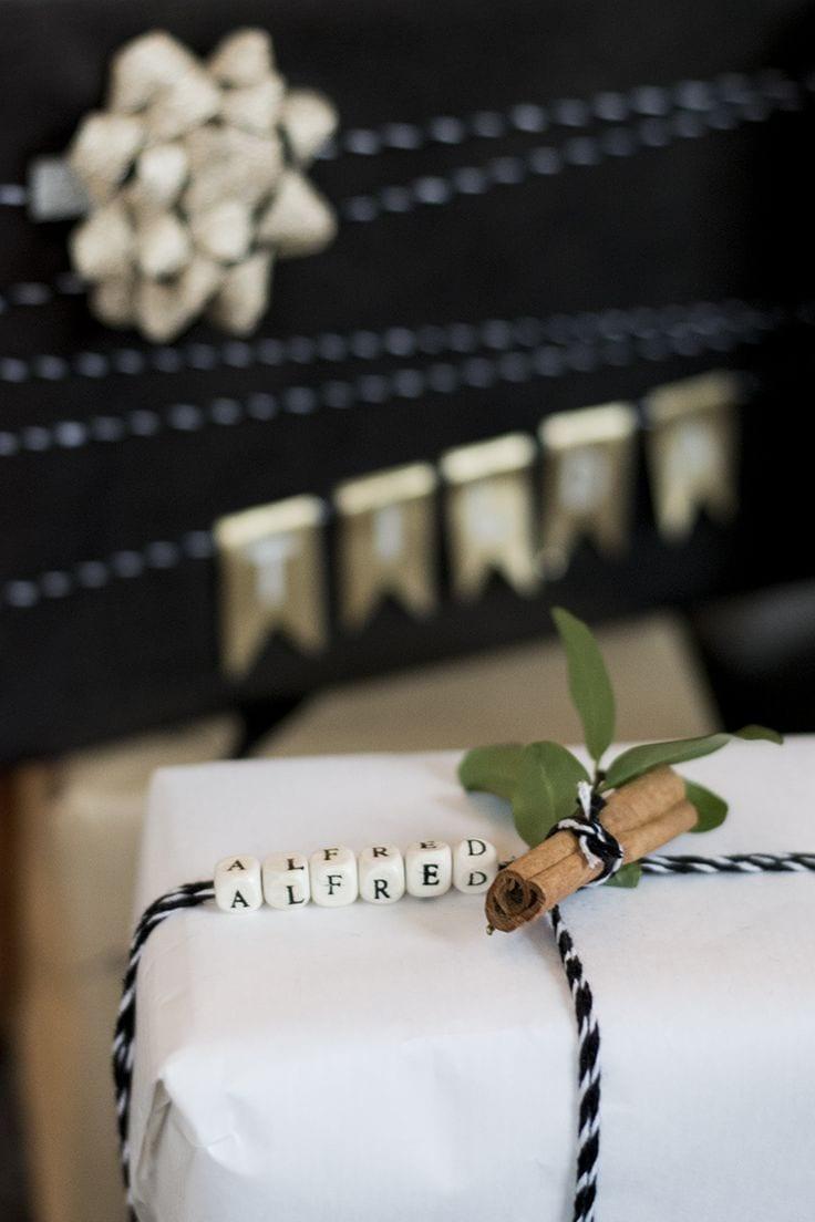 geschenke kreativ verpacken mit namen und kanela