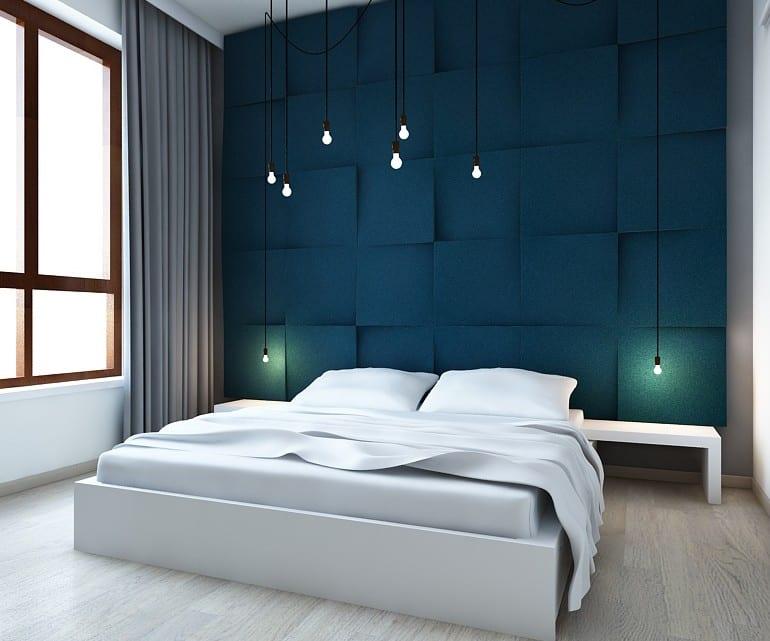 moderne schlafzimmer einrichten mit blauen 3d paneelen und ...