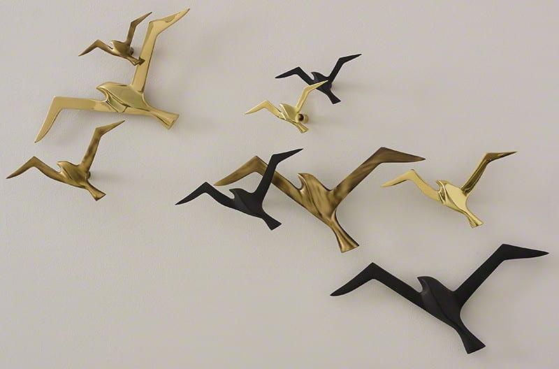 wohnzimmer wandgestaltung mit 3D wanddekoration metal_dekorative Vögel in golz und schwarz als coole dekooidee wohnzimmer