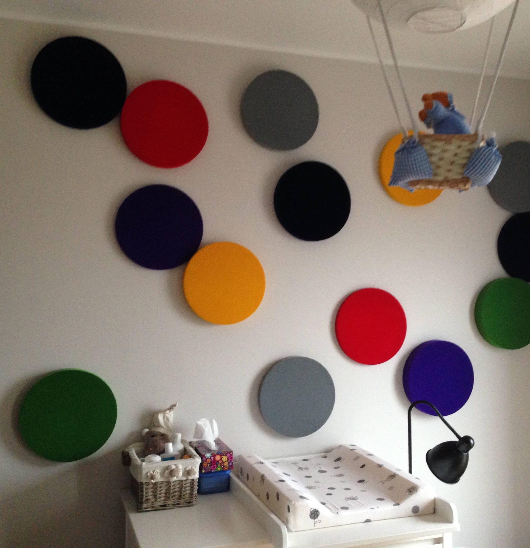 coole wohnidee und farbgestaltung babyzimmer mit farblichen 3d paneelen