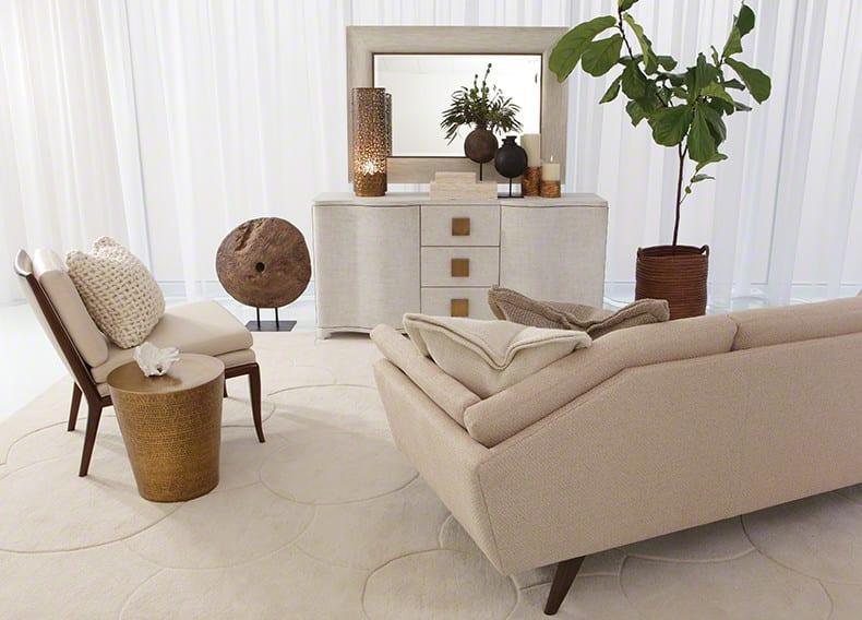 modernes wohnzimmer  weiß mit designer sofa weiß und sideboard weiß mit spigelrahmen weiß