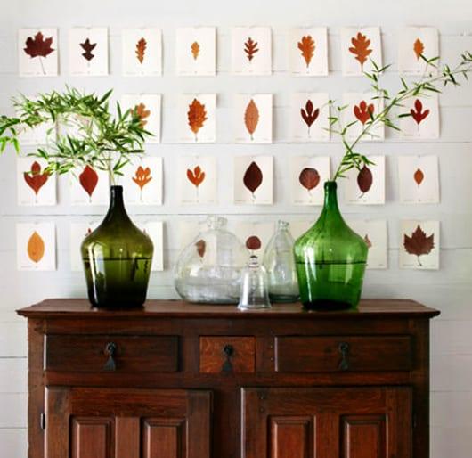 hebstdeko selber machen als moderne wandgestaltung mit gepressten Blättern