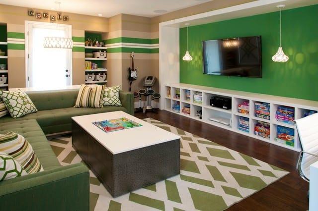 jugedliche-zimmer deko ideen und farbgestaltung mit wandfarbe grün und beige_colle wand streichen ideen und jugendzimmer einrichten mit regal weiß