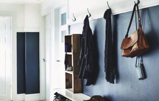 eingangsbereich kluge einrichtungsideen f r kleine r ume mit sitzbank freshouse. Black Bedroom Furniture Sets. Home Design Ideas