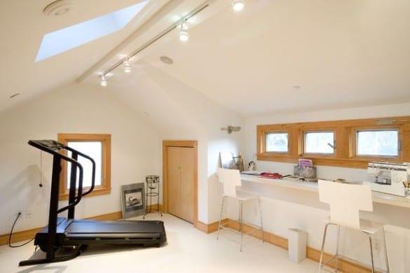 kleiner fitnessraum einrichten am dachgeschoß