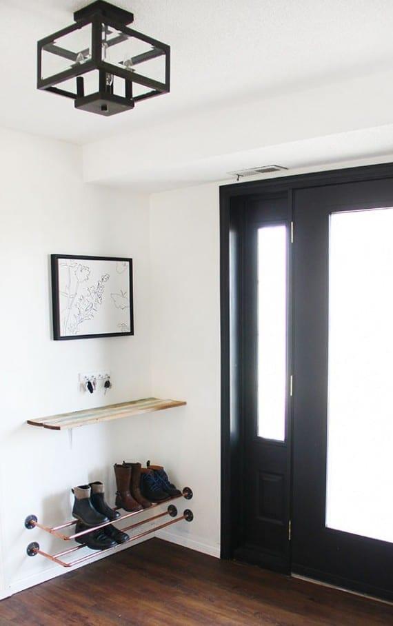 eingangsbereich gestalten und klug einrichten mit DIY Schuhregal und Wandregal