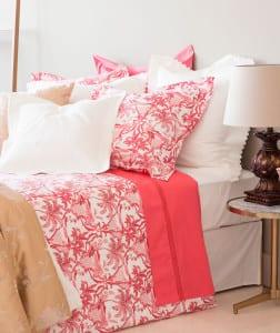 schlafzimmer einrichten mit zara home bettw sche in wei. Black Bedroom Furniture Sets. Home Design Ideas