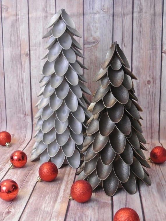 kreative dekoideen weinachten und coole bastelideen weihnachten für Tischdeko mit weihnachtsbaum