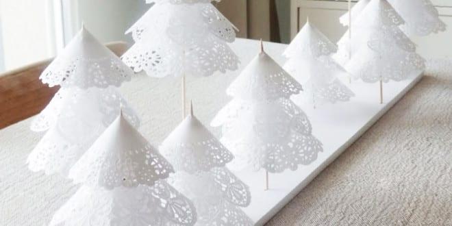 weihnachtlich dekorieren mit diy weihnachtsb ume aus papier als coole deko weihnachten freshouse. Black Bedroom Furniture Sets. Home Design Ideas