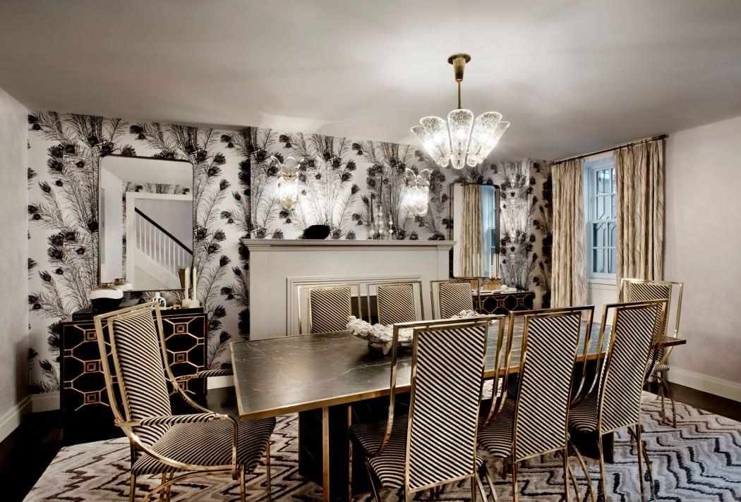 modernes esszimmer mit kamin einrichten in schwarz-weiß mit esstisch aus marmor und esszimmerstühlen aus metall