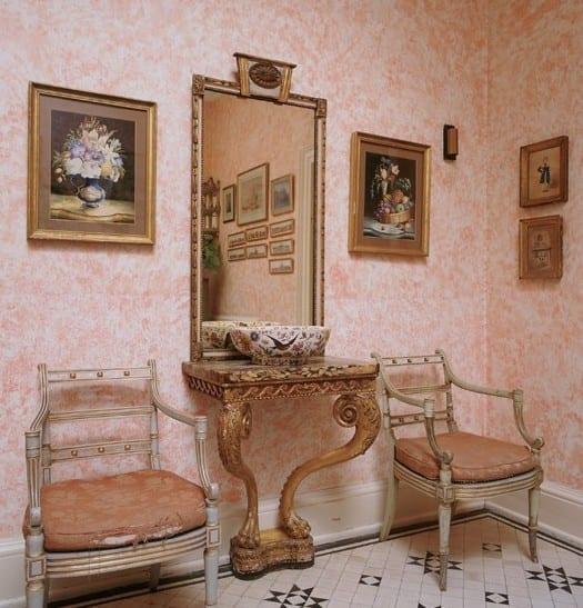 wand streichen ideen flur mit schwammtechnik und Wandfarbe rosa für Interior design im Barockstill