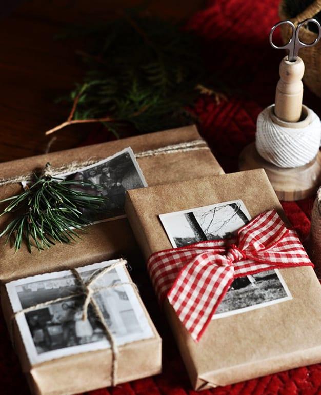 coole idee geschenkverpackung selber zu machen mit schwarzweißen fotos