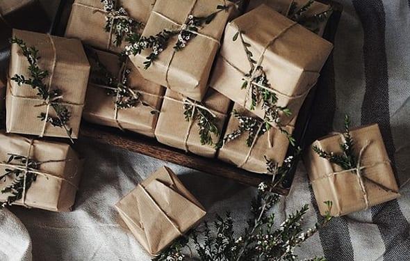 geschenke originell und kreativ verpacken mit grünen