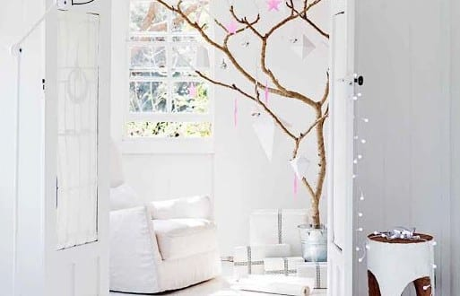 Kreative dekoideen weihnachten mit lichtkette und for Dekoideen weihnachtsbaum