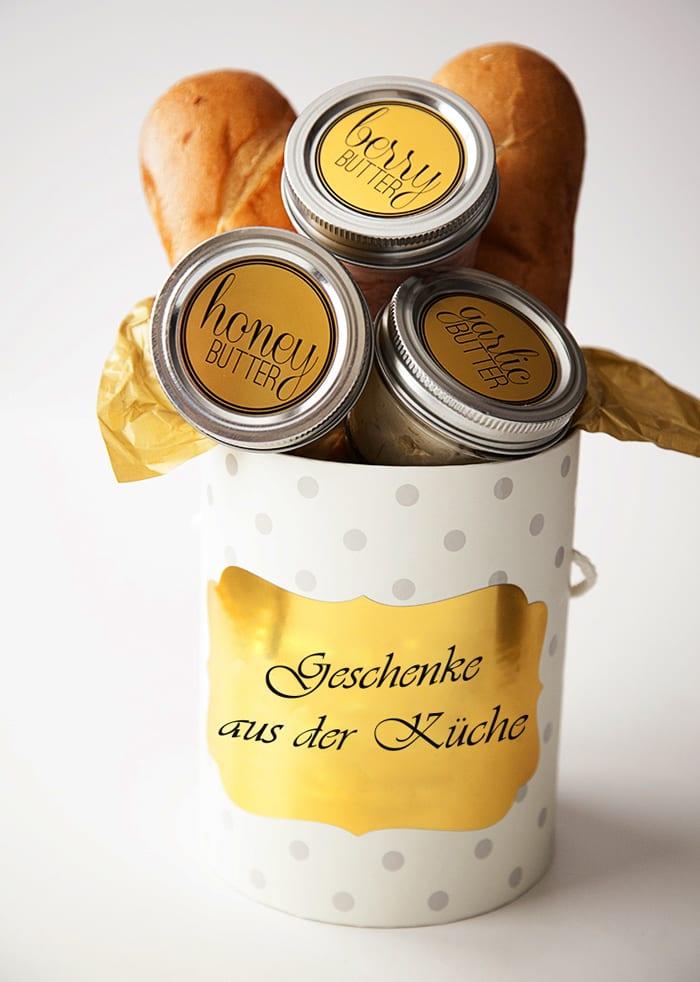 leckere weihnachtsheschenke selber machen und mit Brot schenken_coole idee für selbstgemachte geschenke aus der küche