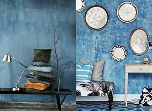 wandgestaltung wohnzimmer mit silbernen tabletts und wandfarbe blau für rustikale wohnzimmer blau