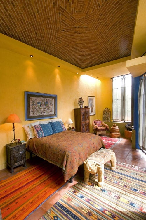 schöner wohnen schlafzimmer ideen mit wandfarbe gelb und kuppeldach aus ziegeln_farbgestaltung schlafzimmer in blau und gelb