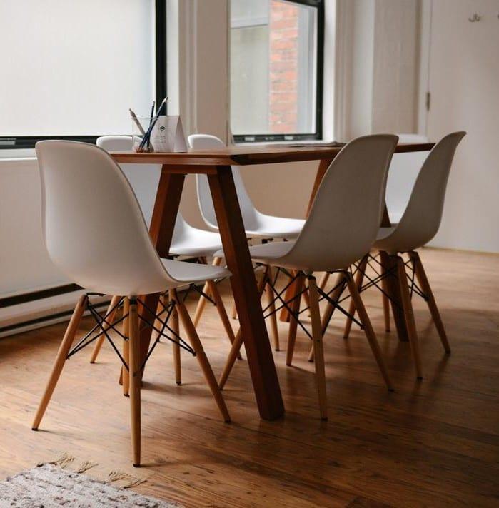 bodenbeläge aus holz für moderne wohn-esszimmer mit holzmöbeln_esszimmer ideen mit holzfußboden und esstisch holz
