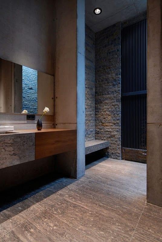moderne badezimmer gestalten mit beton und naturstein