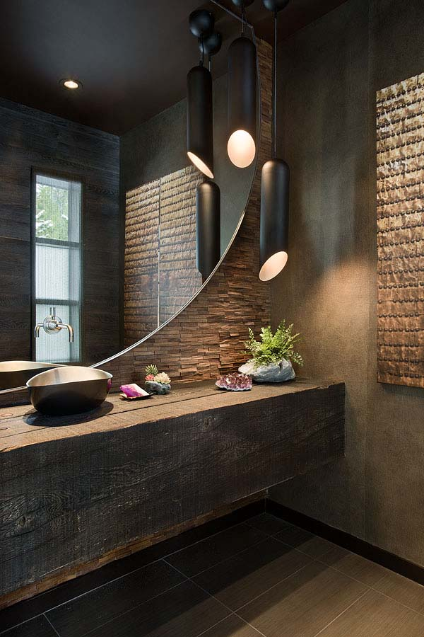 moderne badgestaltung mit rustikalem wandhängewaschtisch aus holz und moderne wandgestaltung mit naturstein und wandspiegel rund