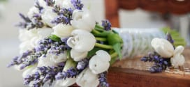 Ideen für raffinierte Blumendeko Hochzeit mit Tulpen