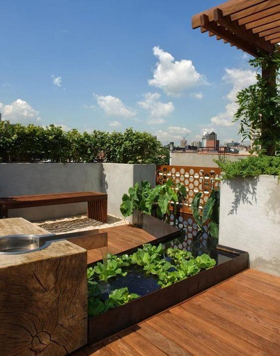 feng shui garten ideen mit holz und wasser für roof top terrassen