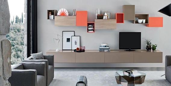 wohnideen für moderne wandgestaltung wohnzimmer mit tv-möbel als wandhängeregal in beige und orange