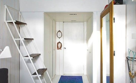 Kleine wohnung einrichten mit hochhbett studentenzimmer for Studentenzimmer einrichten ideen