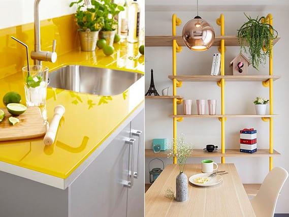 coole einrichtungsideen für küche in weiß mit gelbem küchenarbeitsplatte und rückwand und kreative zimmer gestalten mit Wandregal aus gelben röhren und holz