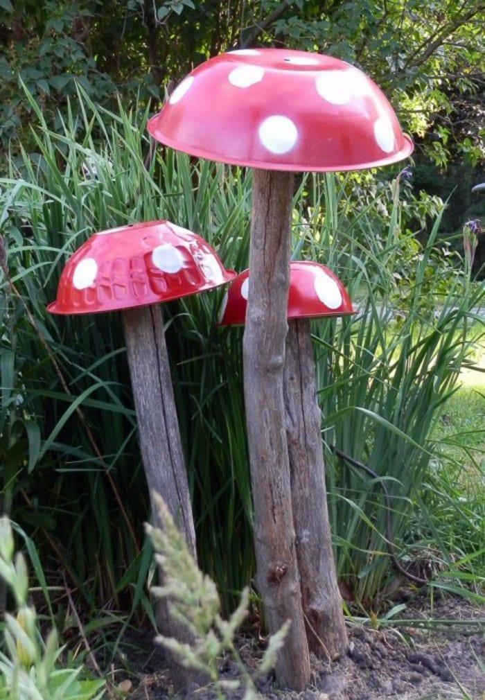 coole bastelidee für diy deko im garten_garten gestalten mit diy Pilzen-Gartendeko