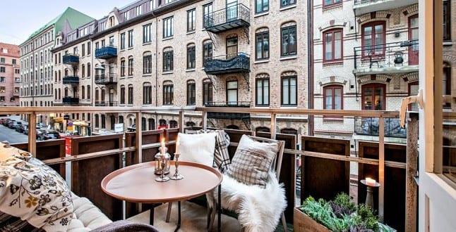 Der balkon unser kleines wohnzimmer im sommer freshouse for Sitzmobel jugendzimmer