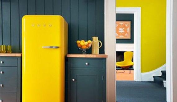 die k che mit retro k hlschrank ausstatten coole k chen ideen f r k che grau mit gelbem. Black Bedroom Furniture Sets. Home Design Ideas