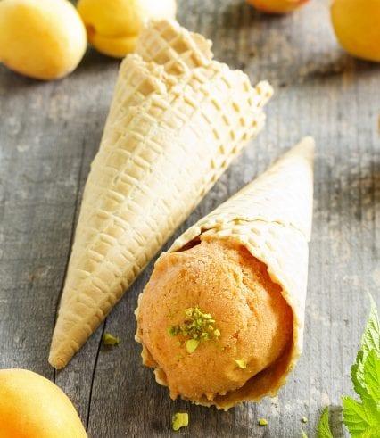 aprikosen eis selber machen ohne eismaschine_einfaches rezept für fruchteis