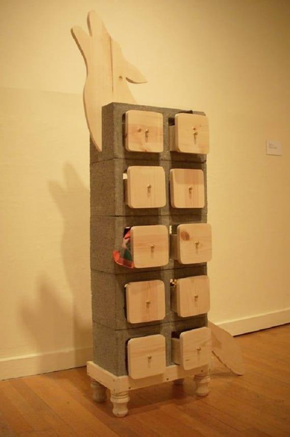 bauen sie kreative diy möbel mit betonblöcken_regal mit holzschubladen selber bauen