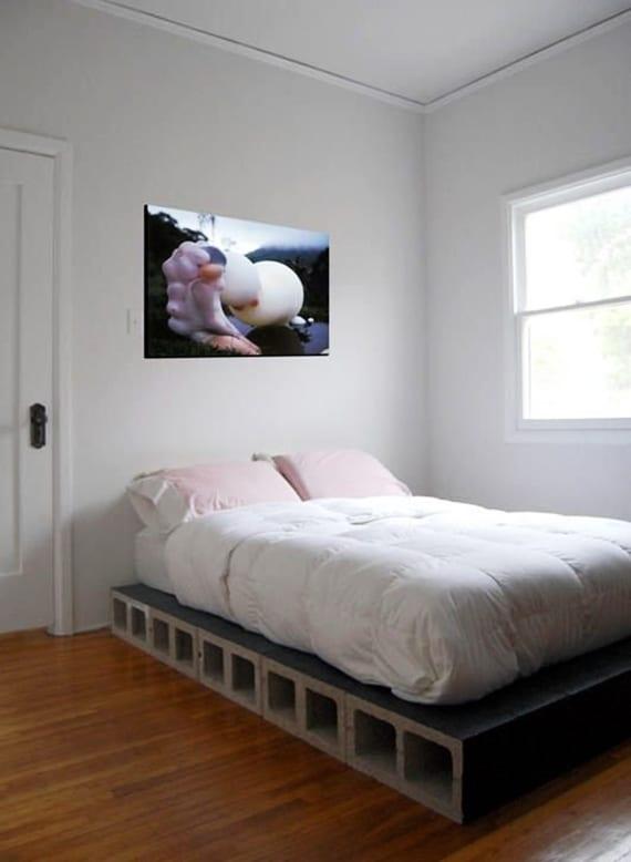 bett selber bauen aus betonblöcken_coole ideen für moderne schlafzimmer mit selbstgebautem bett