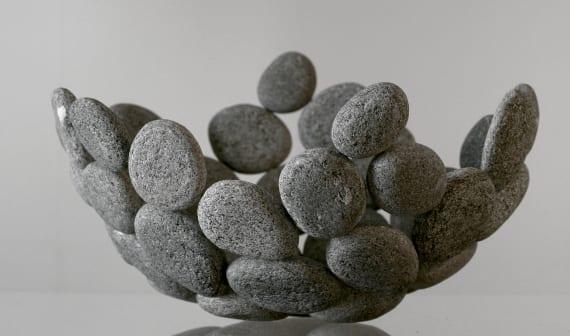 obstschale selber basteln mit kleinen steinen als coole tischdeko idee