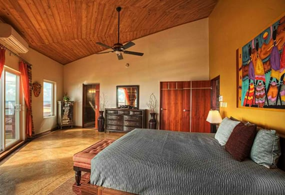 african-interior-design-fuer-eine-reizende-schlafzimmergestaltung-mit-wandfarbe-gelb