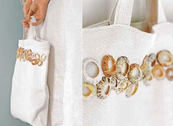 coole geschenkidee für damen_weiße tasche nähen und mit muschelschalen dekorieren
