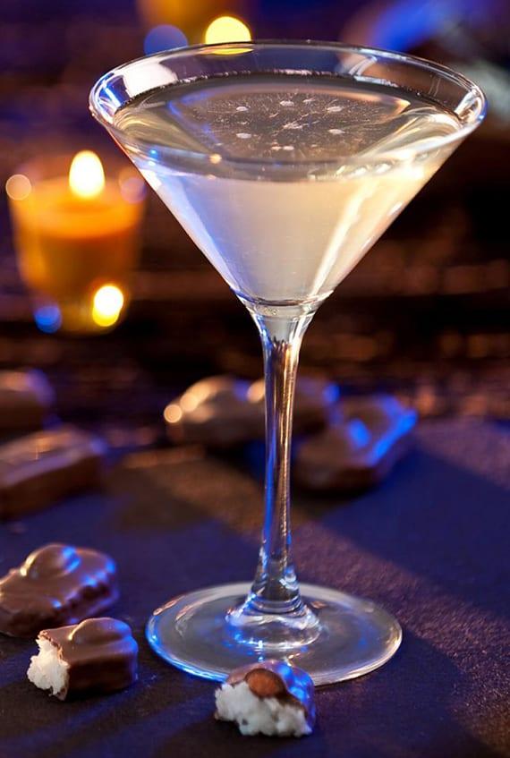 einfaches rezept für martini cocktail mit mandelgeschmack