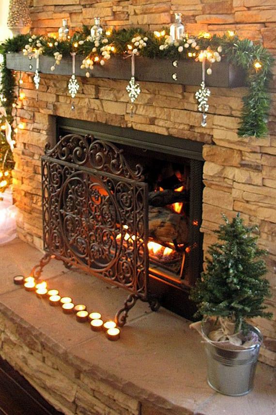coole Kamindeko Ideen mit teelichtern für Romantik im Winter