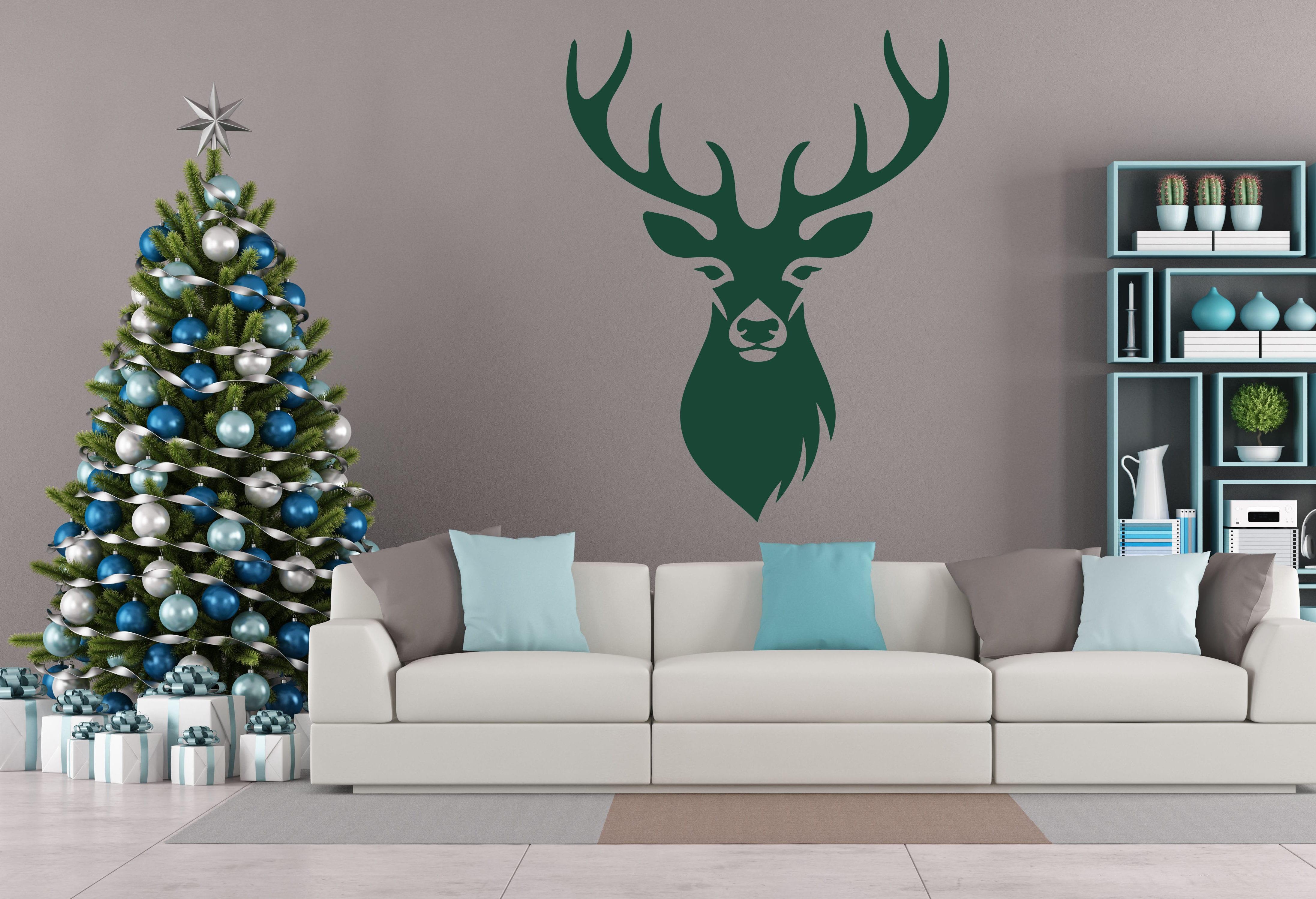 moderne wandgestaltung wohnzimmer mit wandfarbe grau und Hirsch-Wandtattoo grün