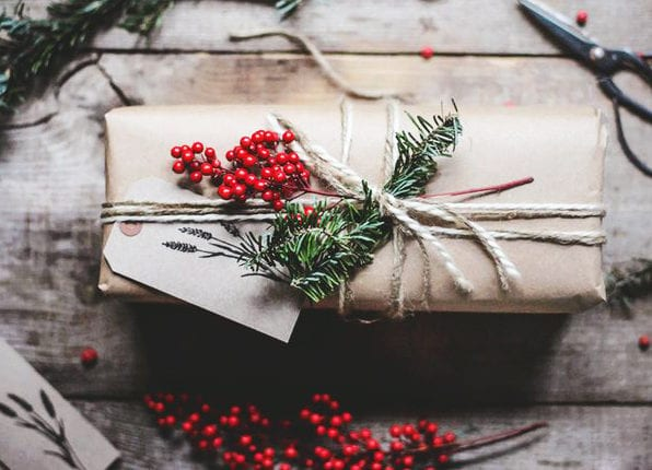 rustikale geschenkverpackungsideen für geschenke verpacken weihnachten